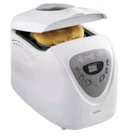 5891 programmable breadmaker white