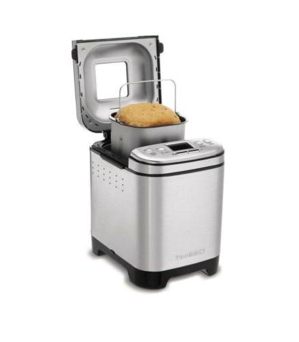 Cuisinart CBK-110 2-Pound Automatic Original Box.