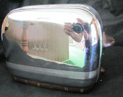Vintage Toastmaster USA Chrome Base Pop-Up 1B9 Toaster for P